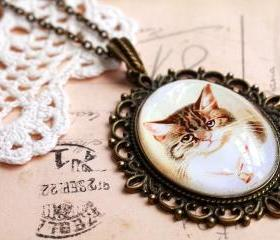 Cat portrait pendant, tabby cat pendant, glass cat necklace, cat lovers gift, pendant necklace
