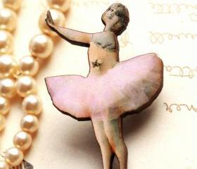 Pink ballet dancer brooch, ballerina brooch, laser cut wood, handmade brooch